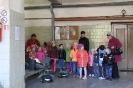 Bērni ciemojās pie ugunsdzēsējiem_15