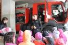 Bērni ciemojās pie ugunsdzēsējiem_21