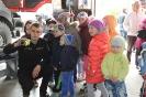 Bērni ciemojās pie ugunsdzēsējiem_22