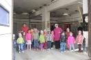 Bērni ciemojās pie ugunsdzēsējiem_27