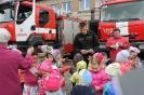Bērni ciemojās pie ugunsdzēsējiem_67