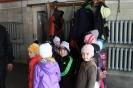 Bērnudārza bērni ciemojās pie ugunsdzēsējiem_1