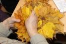 Senioru interešu pulciņš izgatavo kļavu lapu cepures 04.10.2016_4